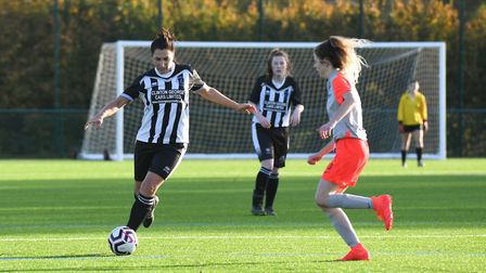 Leah Montenegro of Colney Heath Ladies Res plays the ball out from midfield against Oaklands Wolves. Picture: JAMES LATTER