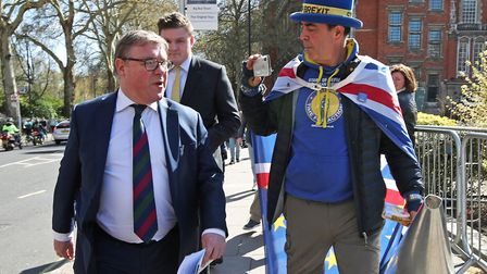 Mark Francois with anti-Brexit campaigner Steve Bray. Picture: Yui Mok/PA Wire/PA Images.