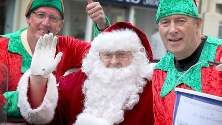 Santa Claus is coming to Torquay. Photo: Andrew Uglow/Pyramid Photography