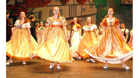 Dancers in the Co-op Juniors' production of Snow White at Ipswich Regent in December 2002
