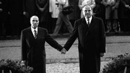 French president Fran�ois Mitterrand (left) with German chancellor Helmut Kohl in 1984 (MARCEL MOCHE