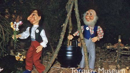 Rossiters' Christmas Grotto - Sneezy and Doc, in December 1959
