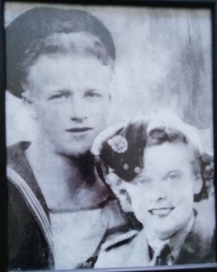 Wartime sweethearts - Kath and Bill Tozer