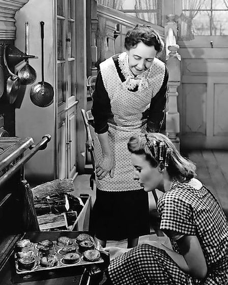 James Stewart and DonnaReed starred in the much loved and misunderstood It's a Wonderful Life (1946).