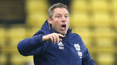 Cardiff City manager Neil Harris instructs his players during the Sky Bet Championship match at Vica