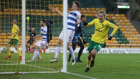 Teemu Pukki of Norwich squares the ball for Todd Cantwell of Norwich who puts the ball into the net