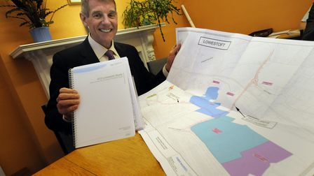 Back in 2009, the former Waveney MP Bob Blizzard with a map of a previouslyproposed thirdcrossing at Lowestoft.