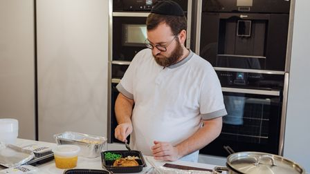 Ari Feferkorn prepares some kosher meals at home for Jewish Patients in Hospital.