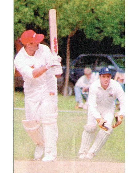 Gooch plays to leg. The wicket-keeper is Justin Mann.