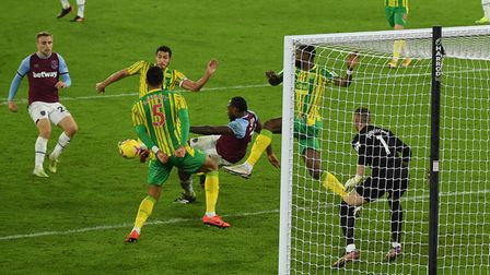 West Ham United's Michail Antonio scores his side's second goal of the game during the Premier Leagu