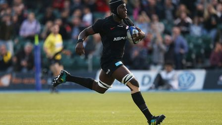 Saracens' Maro Itoje goes onto scores his side 1st try during the Heineken European Champions Cup ma