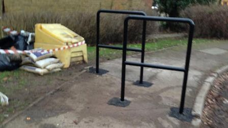 New footpath barriers at Grindecobbe are apparently too close together to allow wheelchair and pram access.