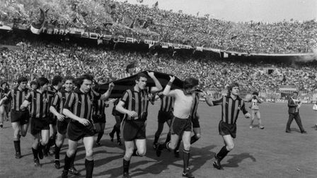 Players of FC Internazionale celebrate winning the league after the Serie A match between FC Interna