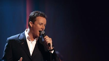 Russell-Watson-in-action--Pict-b3e412c8