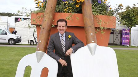 Strictly Come Dancing star, Anton Du Beke, performed the offical opening of the Show