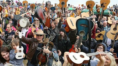 Last year's record breaking attempt at Guitars on the Beach