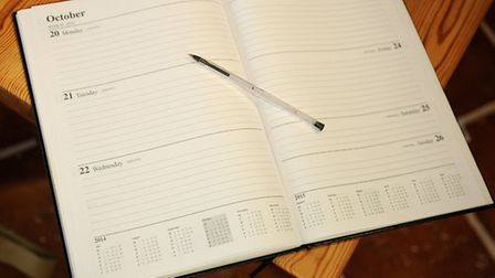 A4 diary, week-to-view