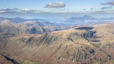 Flying with a friend from Coniston Old Man north to Langdale, eventually landing by the Old Dungeon