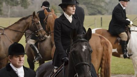 Lady Mary side saddle riding in Downton Abbey