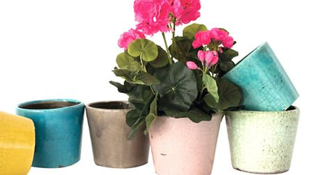 Just add a plant and you have the perfect gift for any mum. Crackle glazed planter pots by north Dor