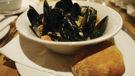 The mussels were so moreish that I wasn't leaving a scrap