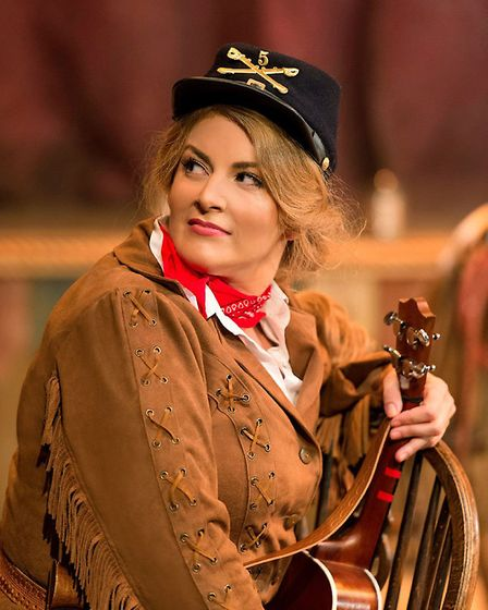 The singer in the starring role of Calamity Jane