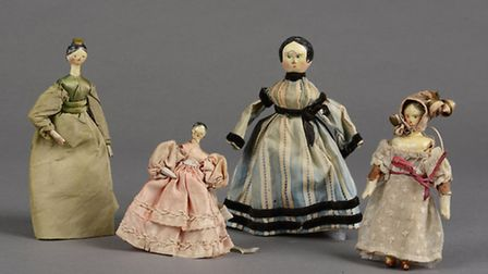 19th century German Grodnertal dolls'' house dolls, Strangers'' Hall collection (© Norfolk Museums S