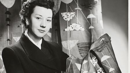 Lucienne Day in New York with Calyx (1951), 1952 (Copyright the Robin & Lucienne Day Foundation, pho