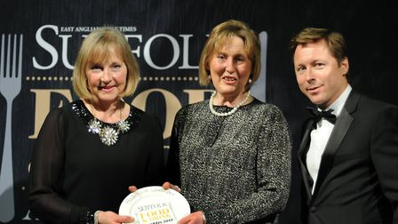 Suffolk Food and Drinks Awards 2017 Outstanding Customer Service 2017 Jane Hadley and Yvonne S