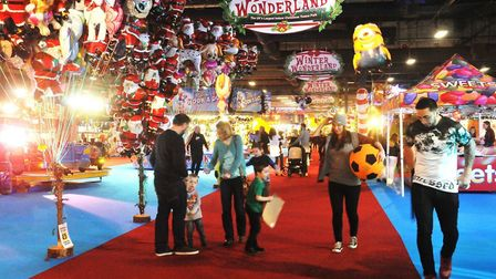Gather the family to explore Manchester Winter Wonderland (credit: Dave the Pap)