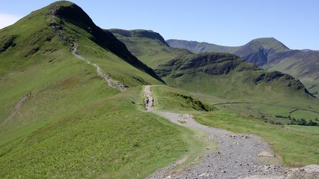 A relatively quiet morning on the normally busy ridge path on to Cat Bells (c) Vivienne Crow