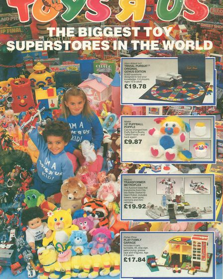 Catalogues were saved, along with a Geoffrey the Giraffe costume (Toys 'R' Us, 1986) (History of Adv