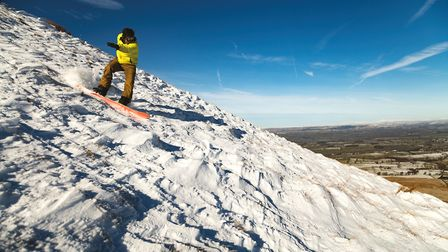 The Pendle Alps for a day as Alastair goes snowboarding on The Big End