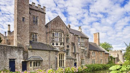 Bishops Palace & Gardens, Wells (c) travellinglight / Getty Images