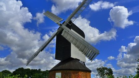 Mountnessing Post Mill (c) synx508, Flickr (CC BY 2.0)