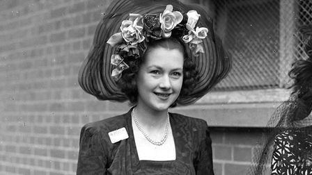 Royal Ascot 1948 and young socialite Miss Raine McCorquodale is dressed in style for a day at the ra