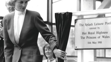 Diana, the Princess of Wales, unveils a plaque to open the Splash swimming pool in Sheringham on 11