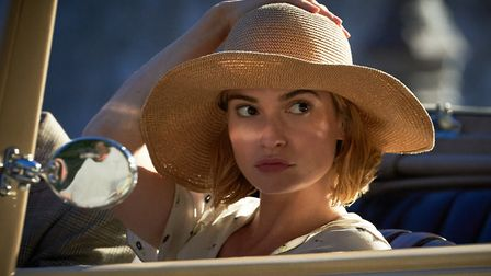Lily James as Daphne Photo: Kerry Brown/ Netflix 2020