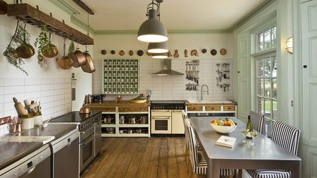 The well equipped kitchen enables families and groups to make the most of time together during their