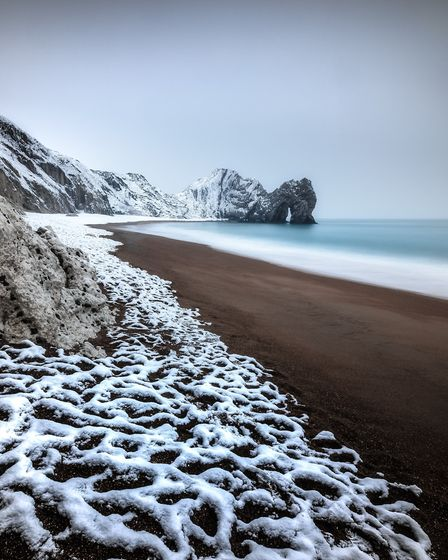 When the snow came to town, Durdle Door by Duncan Graham/Landscape Photographer of the Year 13/AA Pu