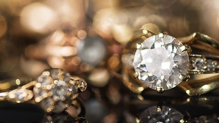 You may want to store jewellery, family heirlooms or even gold bars in your safe deposit box. Pictur