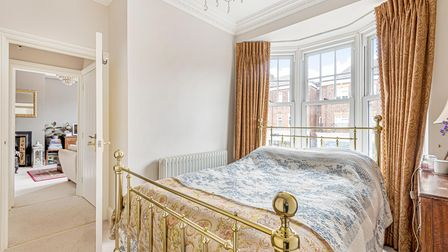 The bedroom also features double glazed sash windows,coving and aceiling rose.