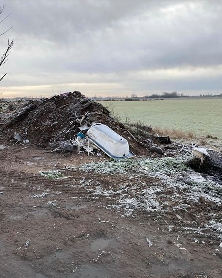 Fly-tipping at Campole Drove, Chatteris