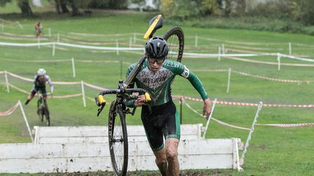 Oli Stockwell racing cyclo-cross at Stanborough Park in 2018.