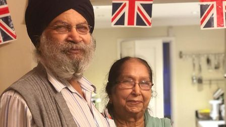 Sohan Mander (left) died after contracting Covid-19 and his son has launched a campaign to get oximeters to as many people as possible to help prevent future deaths.