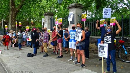 Hackney Stand Up To Racism held a demonstration to protest against the Robert Geffrye statue outside