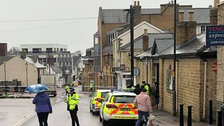 Police have cordoned off Royston High Street to search a suspicious vehicle