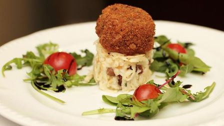 The-starter-of-breaded-local-r-62b2c654