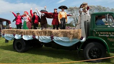 Slimbridge-Carnival-and-Fete-2-67146cd2