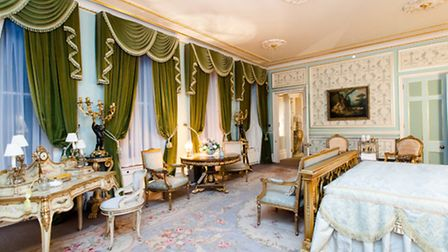 Fetcham Park doubles as The Ritz in Diana